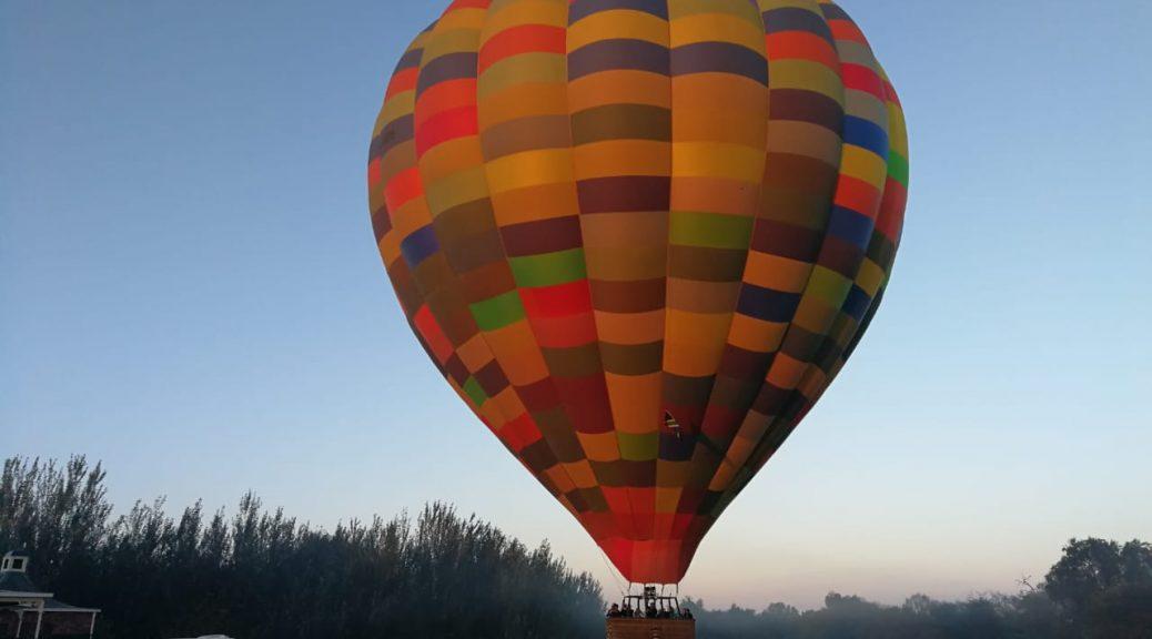 Hot air balloon team building